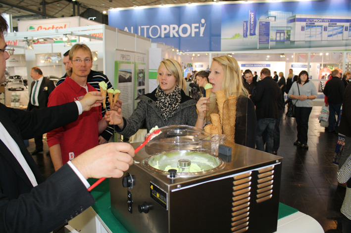 Eis-Show frozenfeeling Messe Moderation Messeparty